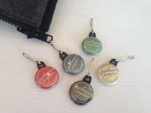 Badge zipper 25 mm 3